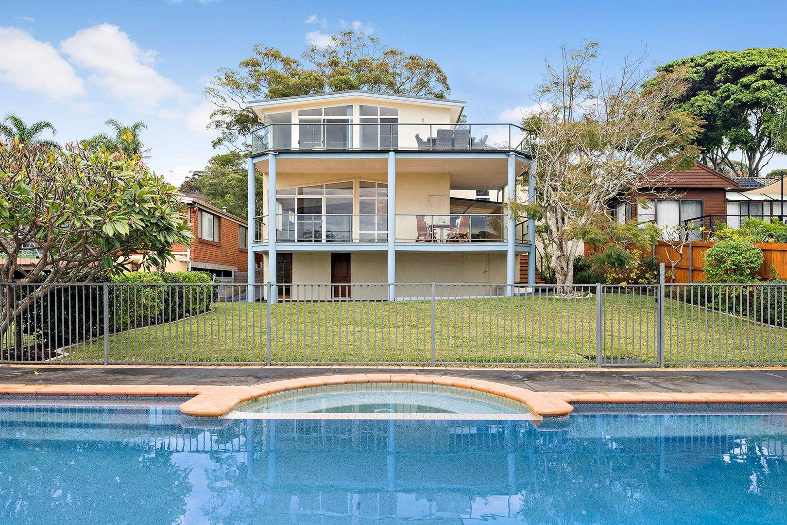 7 Morandoo Road, Elanora Heights NSW 2101, Image 2