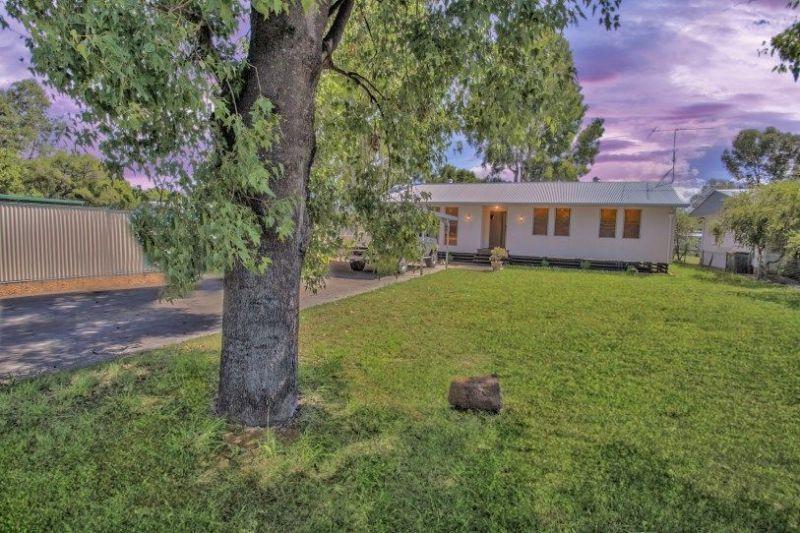 25 Barber Street, Chinchilla QLD 4413, Image 0