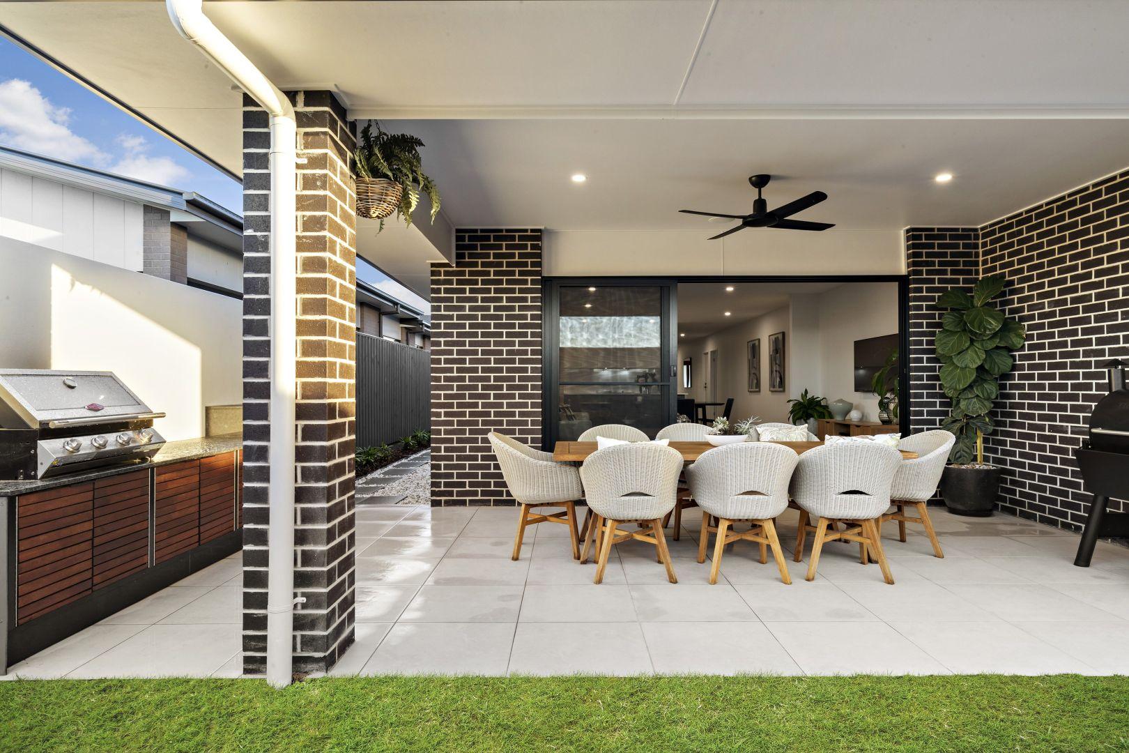 74 Aegean  Avenue, Newport QLD 4020, Image 1