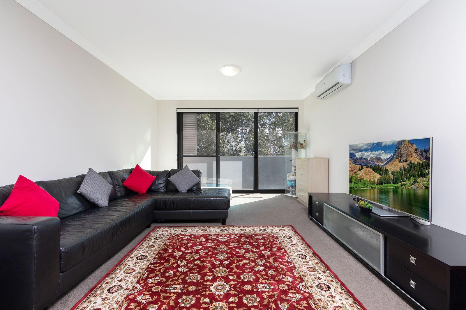 505/43 Devitt Street, Blacktown NSW 2148, Image 2