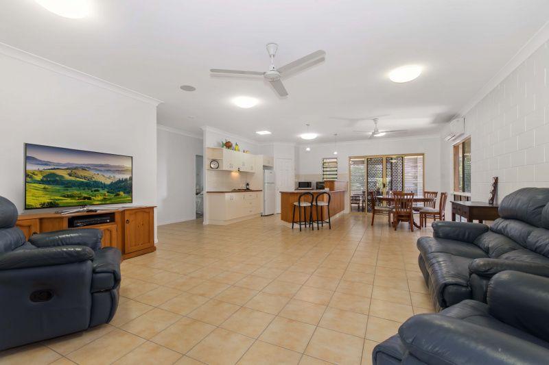 1 The Vines Court, Balgal Beach QLD 4816, Image 2