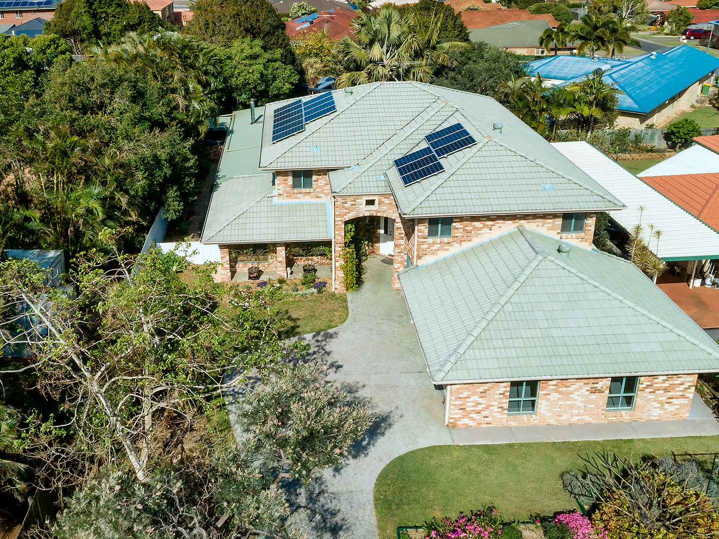 42 Clive Road, Birkdale QLD 4159, Image 0