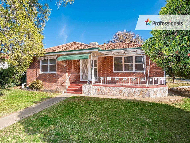 8 Tarakan Avenue, Ashmont NSW 2650, Image 0