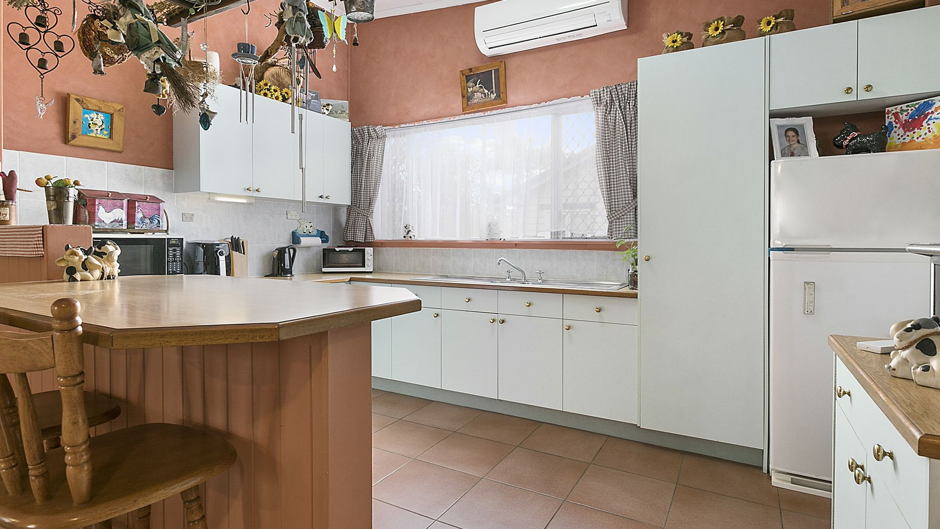 18 Spitfire  Avenue, Strathpine QLD 4500, Image 2