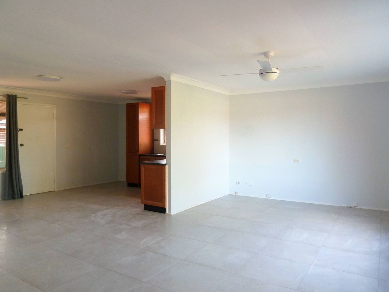 11 Blattman Street, Colyton NSW 2760, Image 2