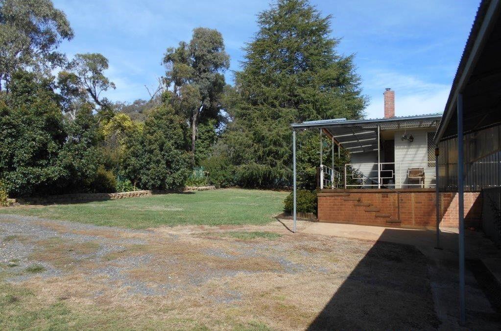 669 Old Tumbarumba Road, 'CRESTFIELD HOUSE', Batlow NSW 2730, Image 1