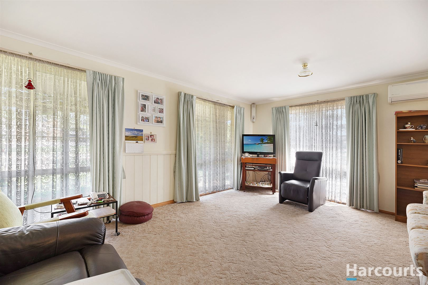 56 Hopetoun Road, Drouin VIC 3818, Image 2