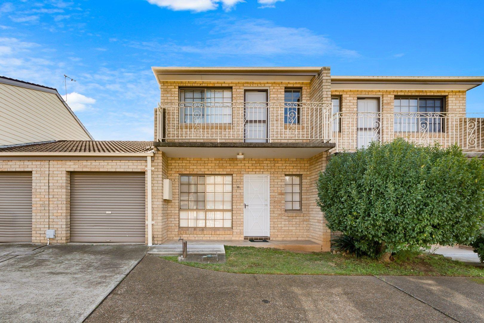 11/17 Lagonda Drive, Ingleburn NSW 2565, Image 0