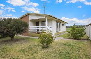 4 Campbell Court, Burrumbuttock NSW 2642