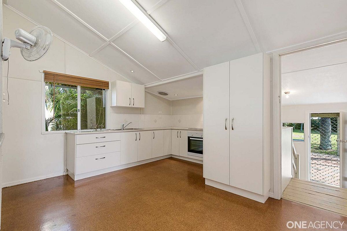 72 Dayman Street, Urangan QLD 4655, Image 1