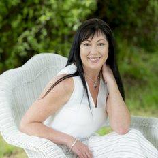 Rosalie Crowder, Principal and Sales Agent