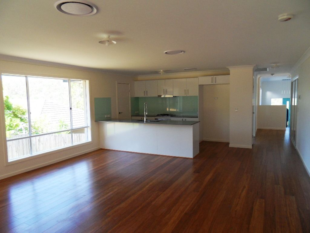 16 Verbena Crescent, Brookwater QLD 4300, Image 1