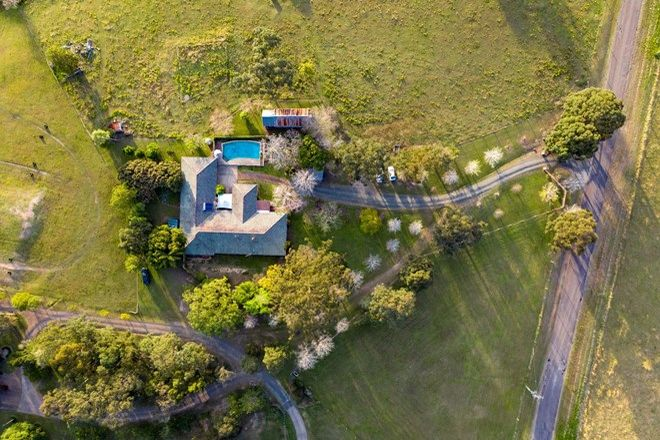 Picture of 49 Lang Drive, BOLWARRA HEIGHTS NSW 2320