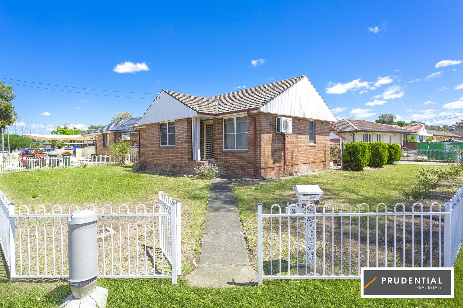 2 Sadleir Ave, Sadleir NSW 2168, Image 0