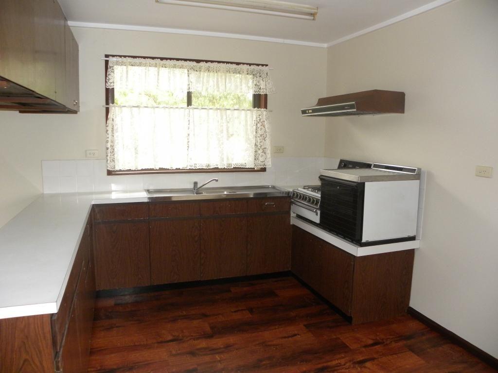 1 KINSELA CLOSE, Young NSW 2594, Image 1