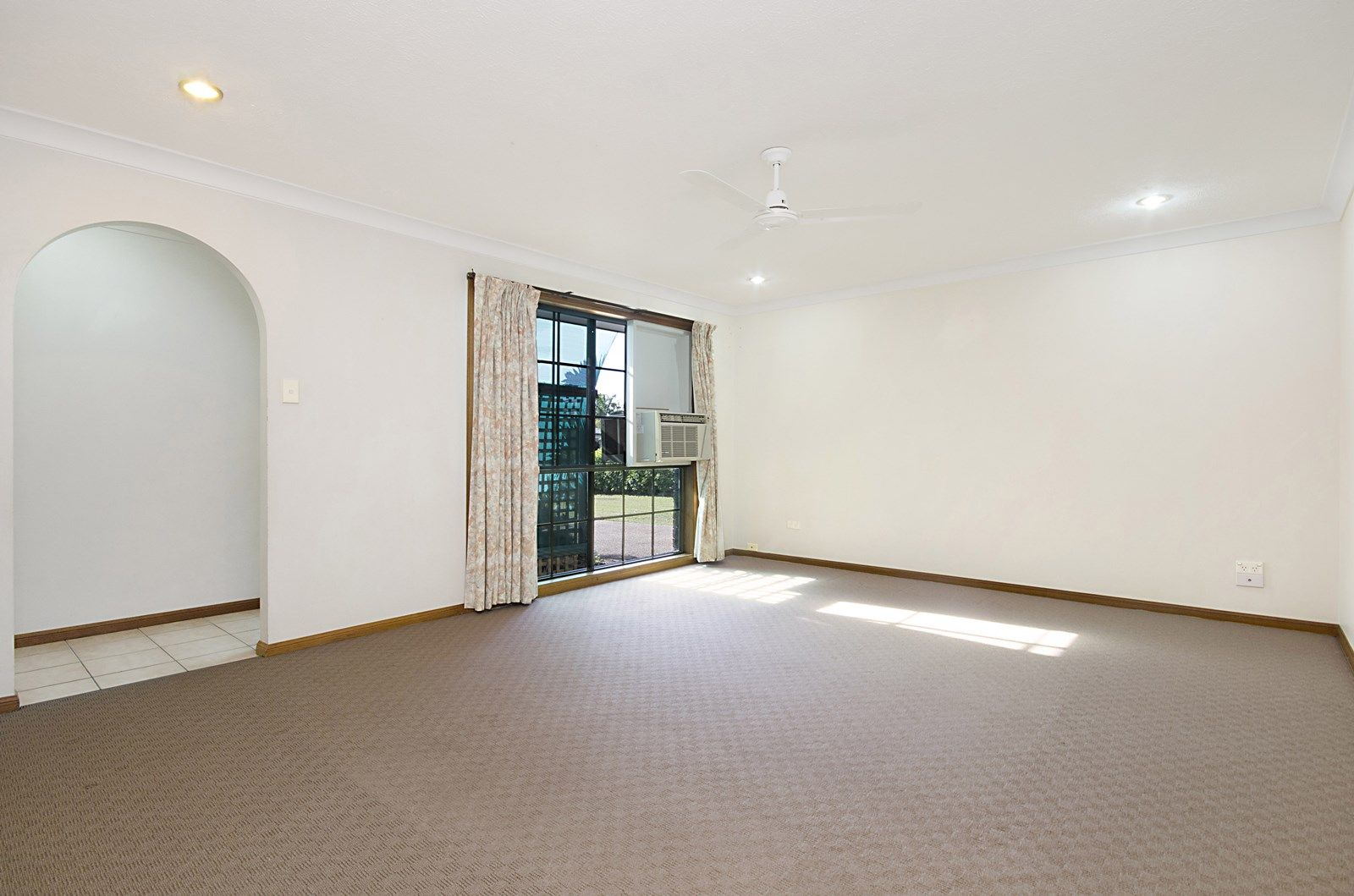 73  Annandale Drive, Annandale QLD 4814, Image 2