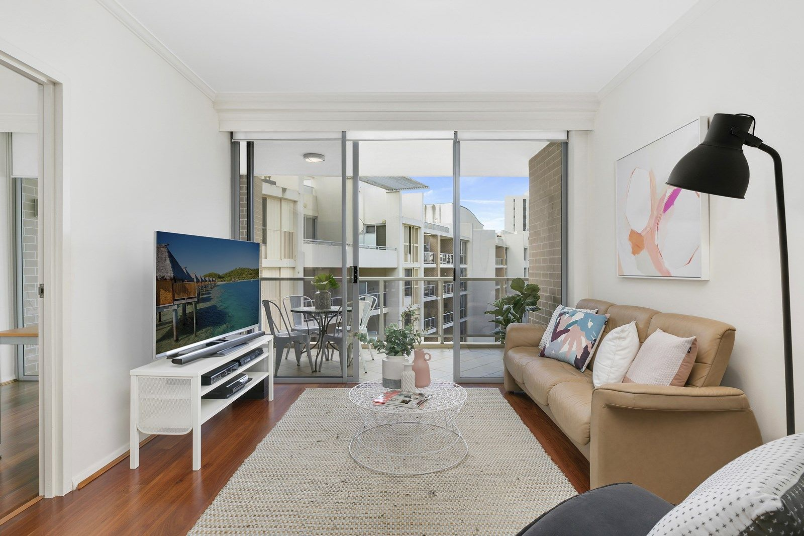 332/9 Crystal Street, Waterloo NSW 2017, Image 2