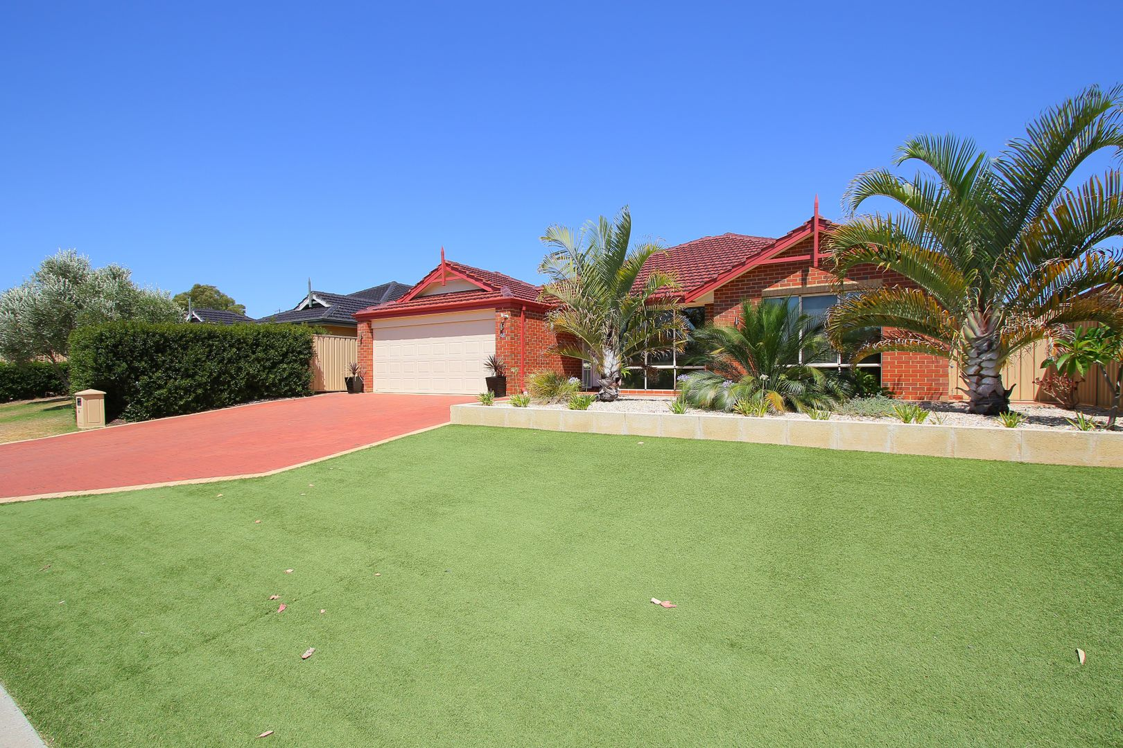 46 Campbell Road, Canning Vale WA 6155, Image 2