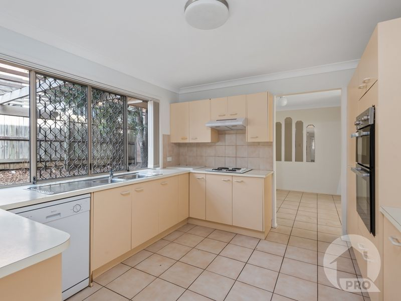 6 Monford Place, Calamvale QLD 4116, Image 2