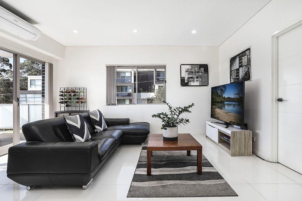 6/1-3 Hugh Avenue, Peakhurst NSW 2210, Image 0