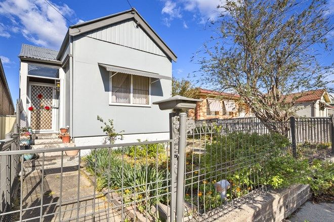 Picture of 37 Ferro Street, LITHGOW NSW 2790