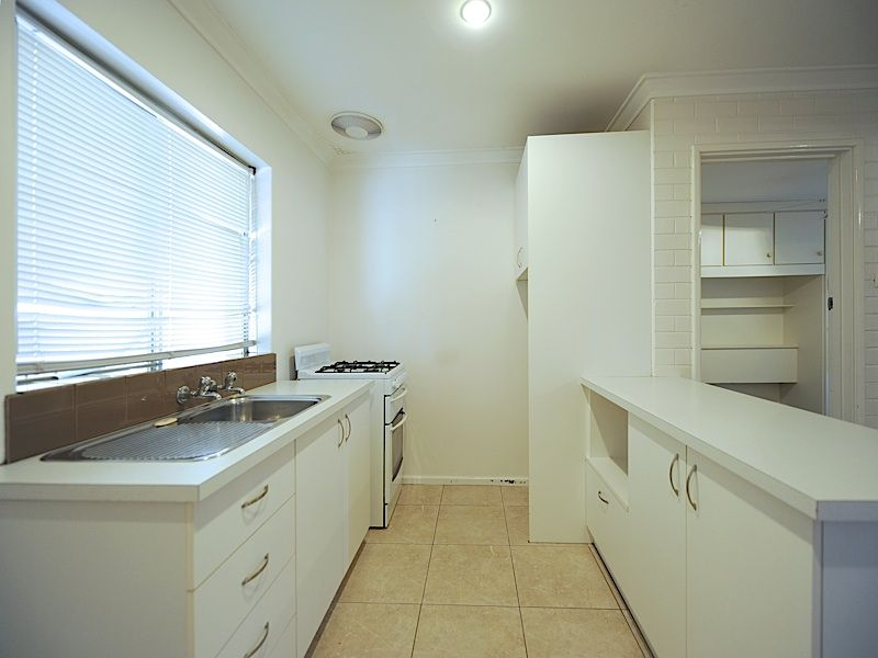 7/180 Holland Street, Fremantle WA 6160, Image 2