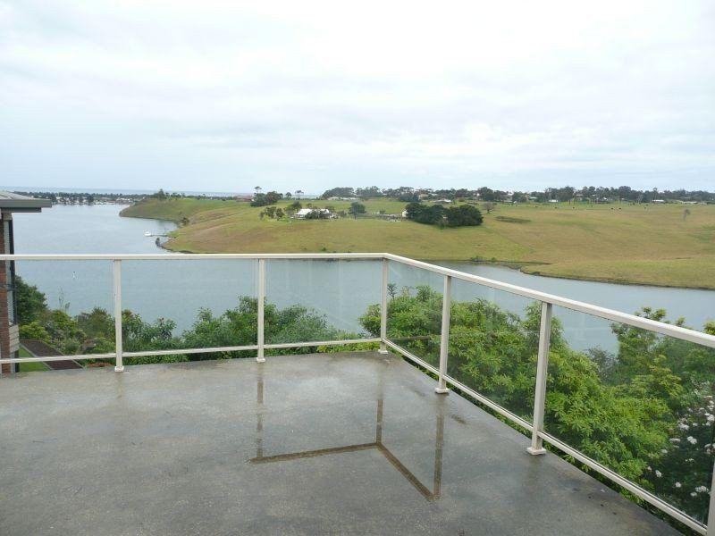 53 Nautilus Way, Lakes Entrance VIC 3909, Image 1