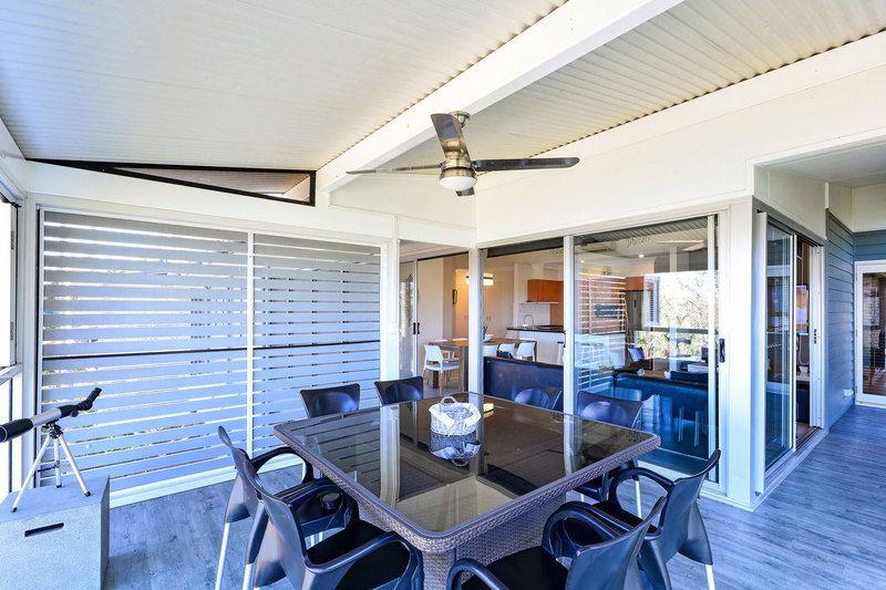 "12 ""Oasis""/2 Flametree Grove, Hamilton Island QLD 4803, Image 2"