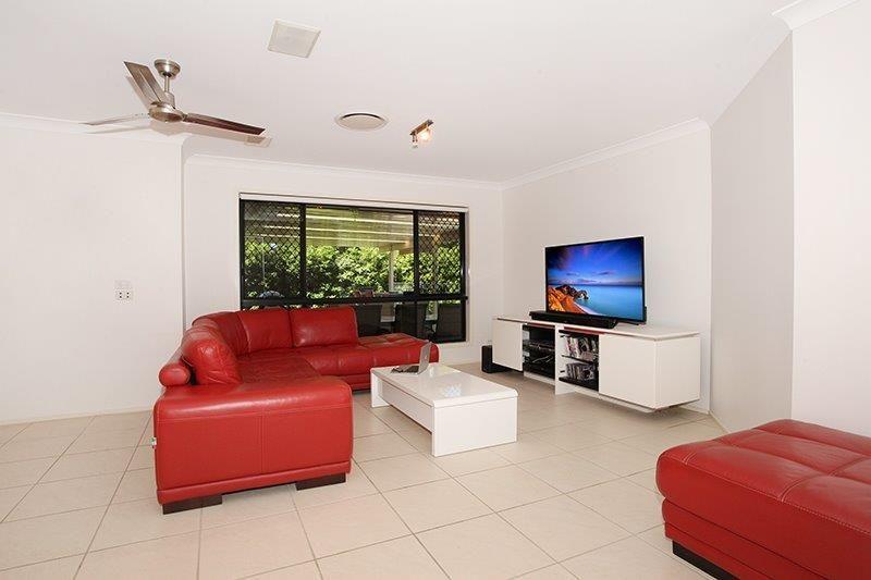 92 Elkhorn Street, Kuluin QLD 4558, Image 2