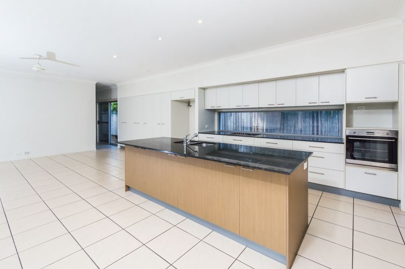 38 Jarrah Street, Moggill QLD 4070, Image 2