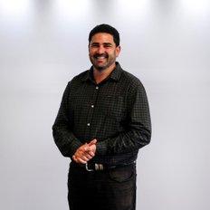 Terry Deefholts, Sales representative