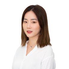 Ana Wang, Sales representative