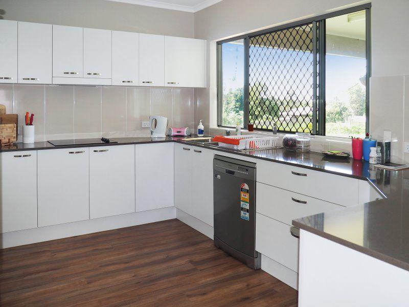5 Kingfisher Court, Wongaling Beach QLD 4852, Image 2