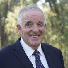 Des O'Shea, Sales representative