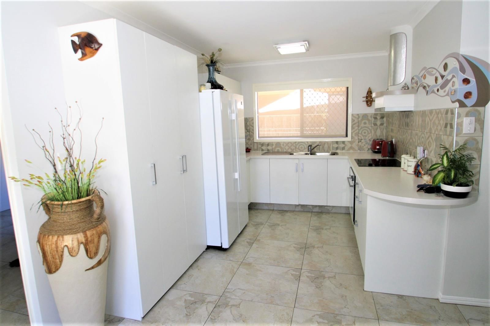2/29 Teal Avenue, Paradise Point QLD 4216, Image 2