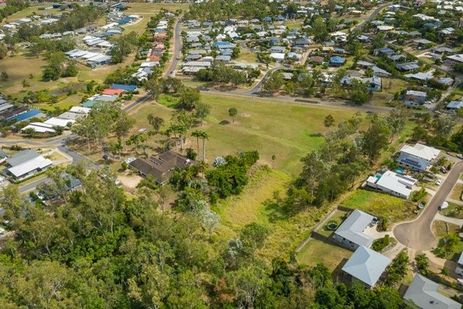 Picture of 55 Valley Drive, CANNONVALE QLD 4802