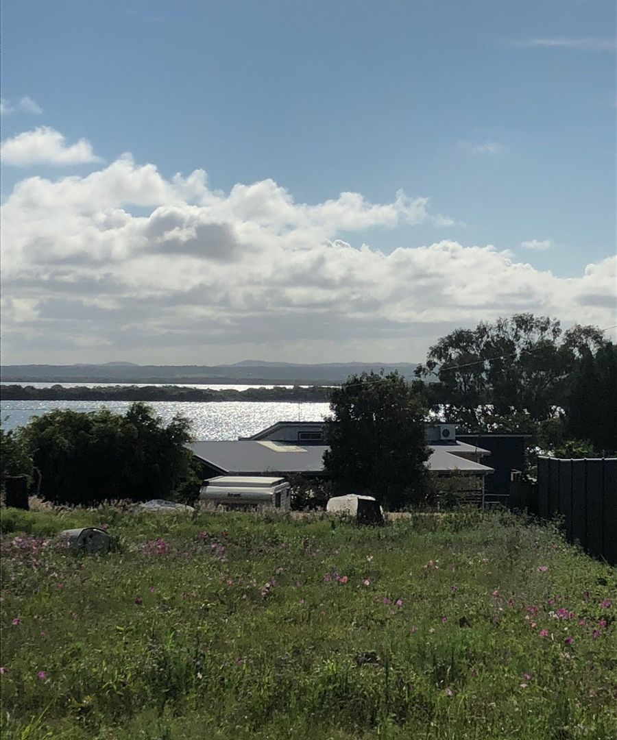 17 Panorama Ave, Russell Island QLD 4184, Image 2