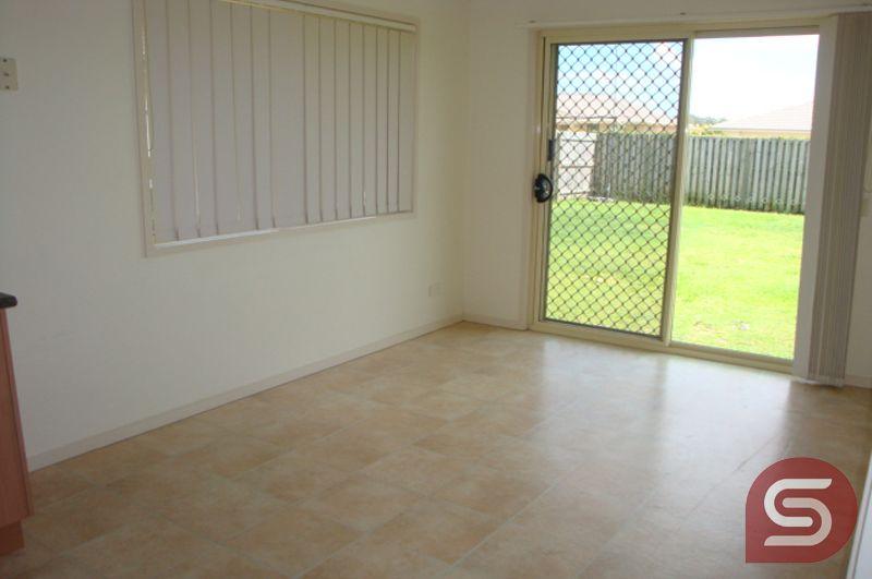 33/11-29 Woodrose Rd, Morayfield QLD 4506, Image 2