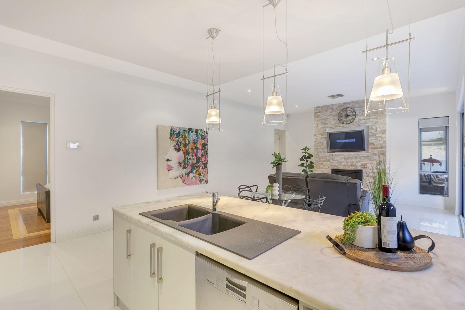 43 Sandison  Terrace, Glenelg North SA 5045, Image 2