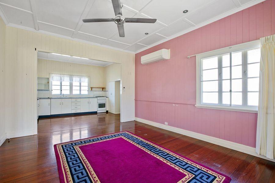 32 Barnes Street, Goomeri QLD 4601, Image 2