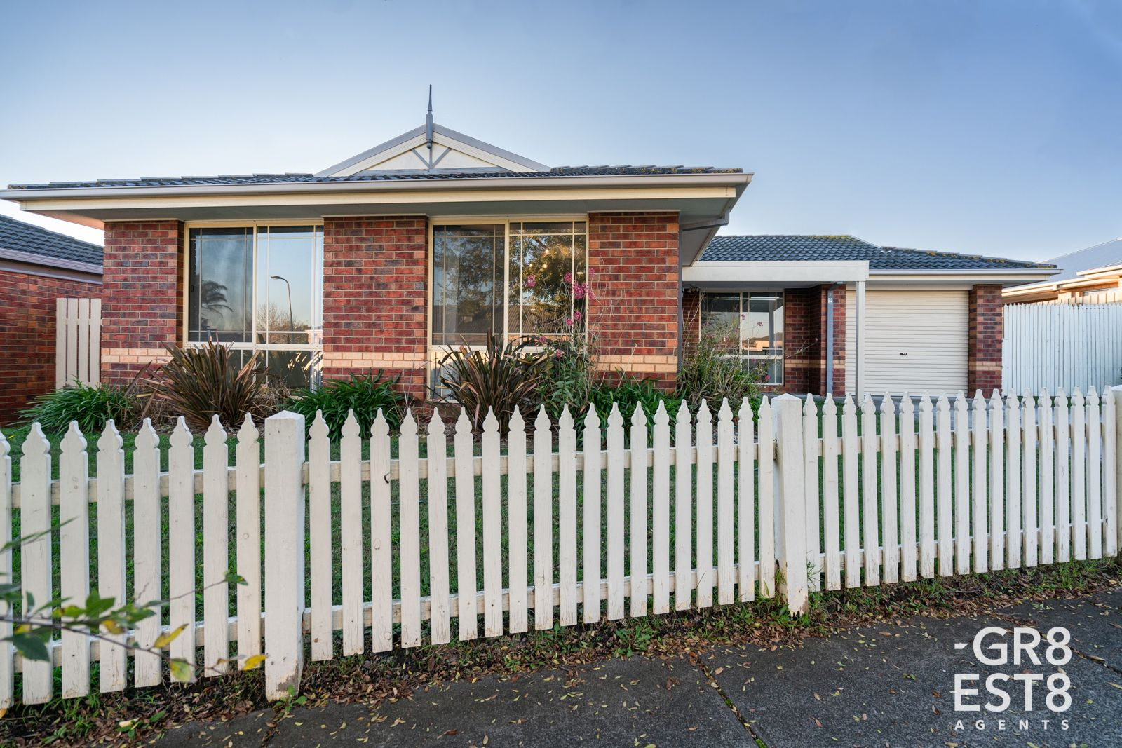 2 Damon Close, Narre Warren South VIC 3805, Image 0