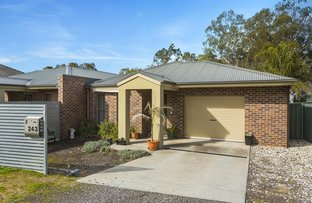 Picture of 2/243 Mackenzie Street West, Kangaroo Flat VIC 3555