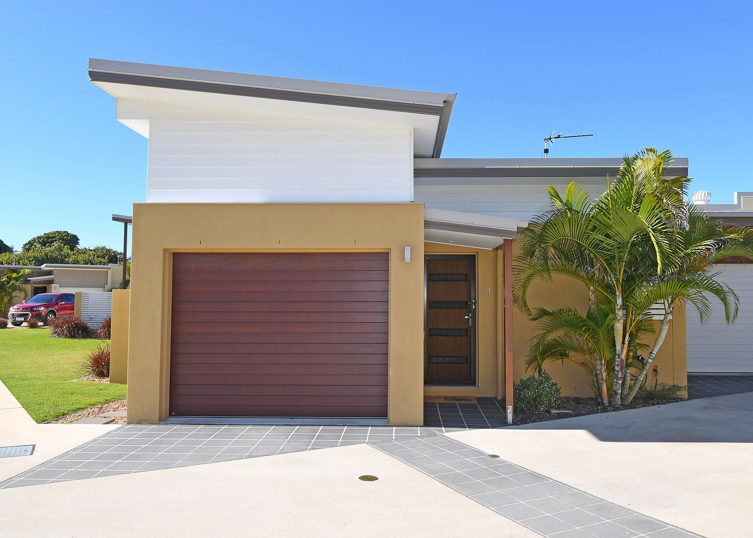 21/138 Cypress Street, Urangan QLD 4655, Image 0