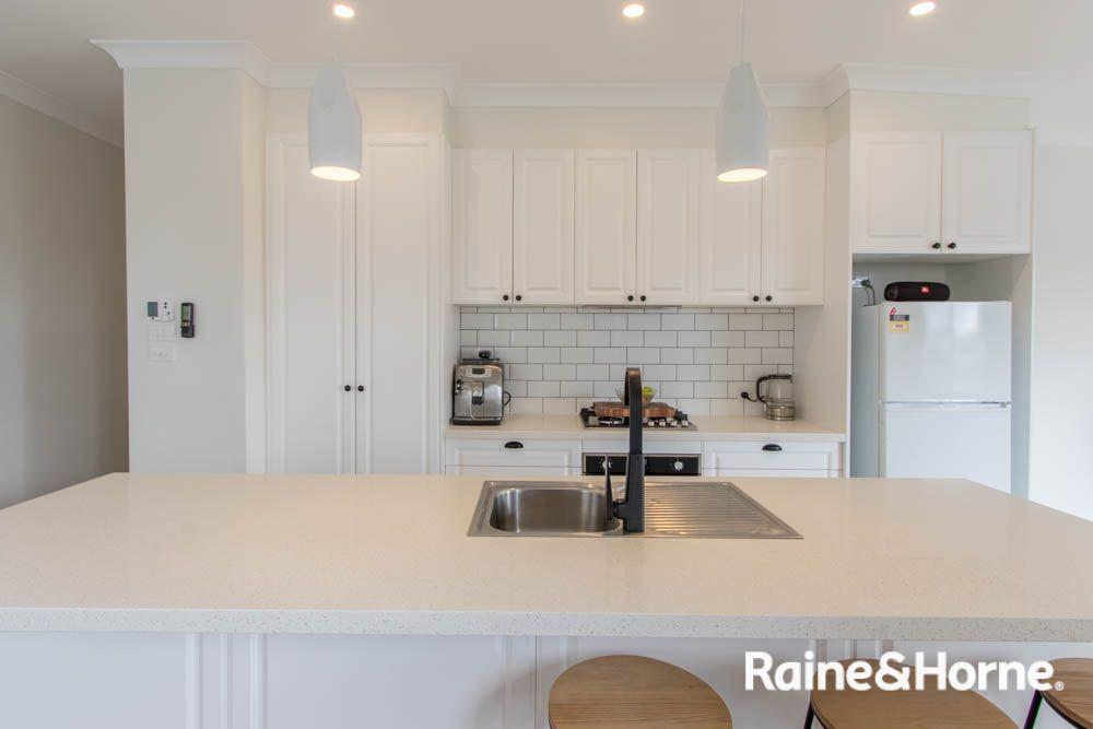 15 Rosehill Street, West Bathurst NSW 2795, Image 2