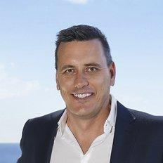Hamish Bolderston, Sales representative