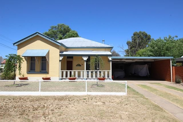 32 Sutton Street, Cootamundra NSW 2590, Image 0