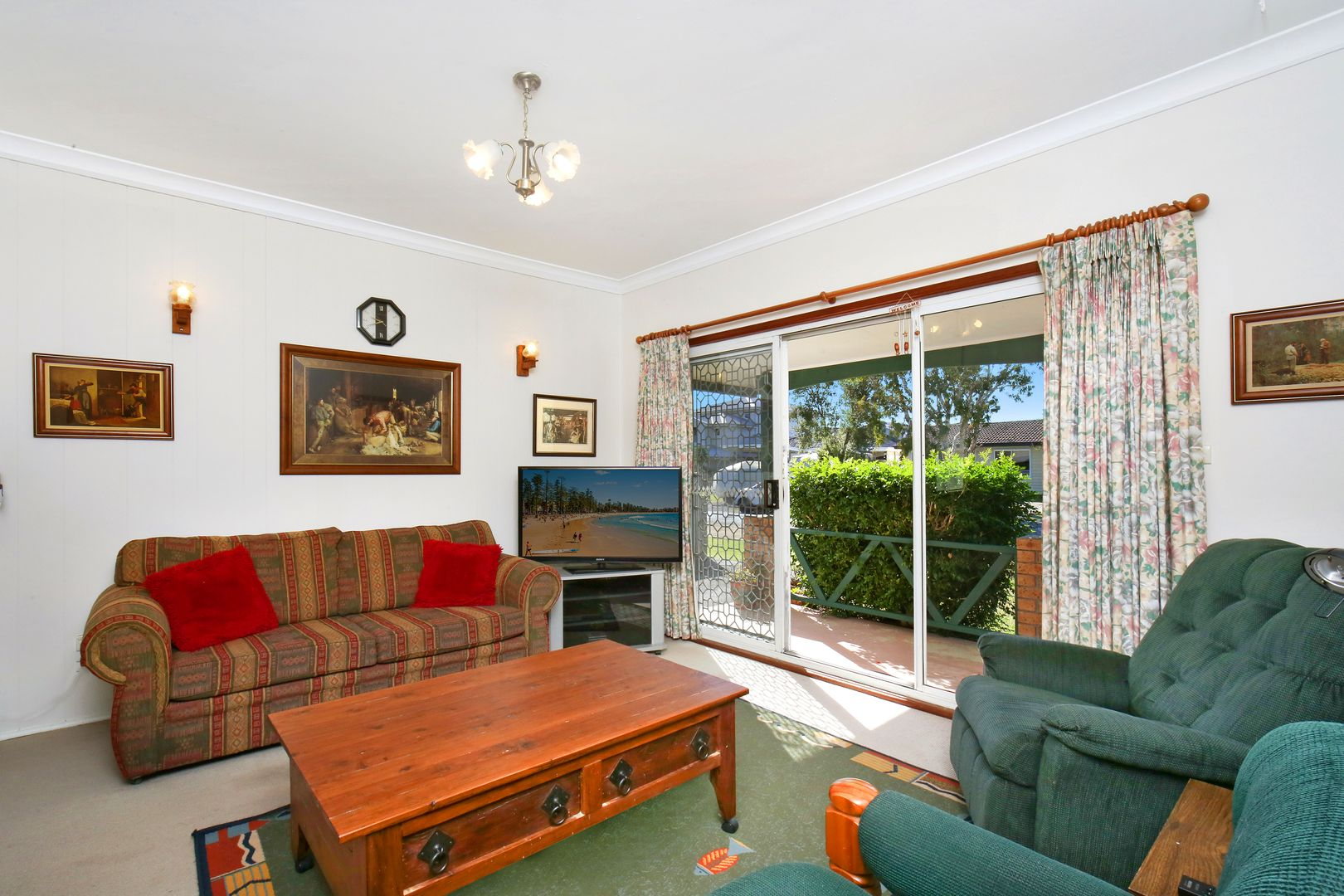 46 Grevillia Ave, Davistown NSW 2251, Image 1