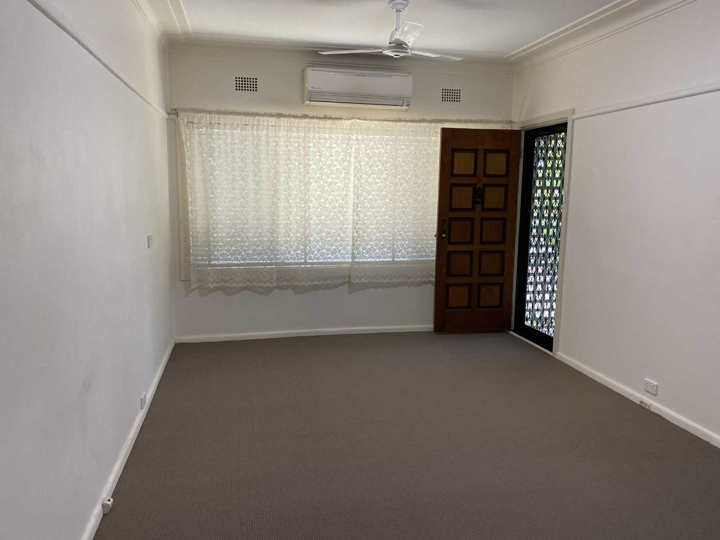 37 PRINCES STREET, Guildford NSW 2161, Image 2