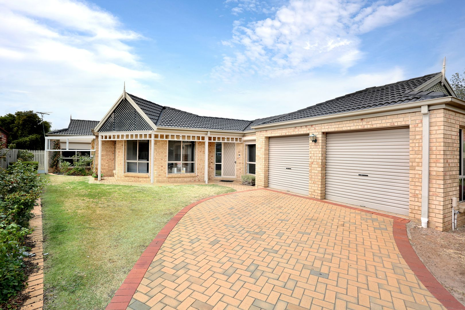 8 Falconer Terrace, Hoppers Crossing VIC 3029, Image 0