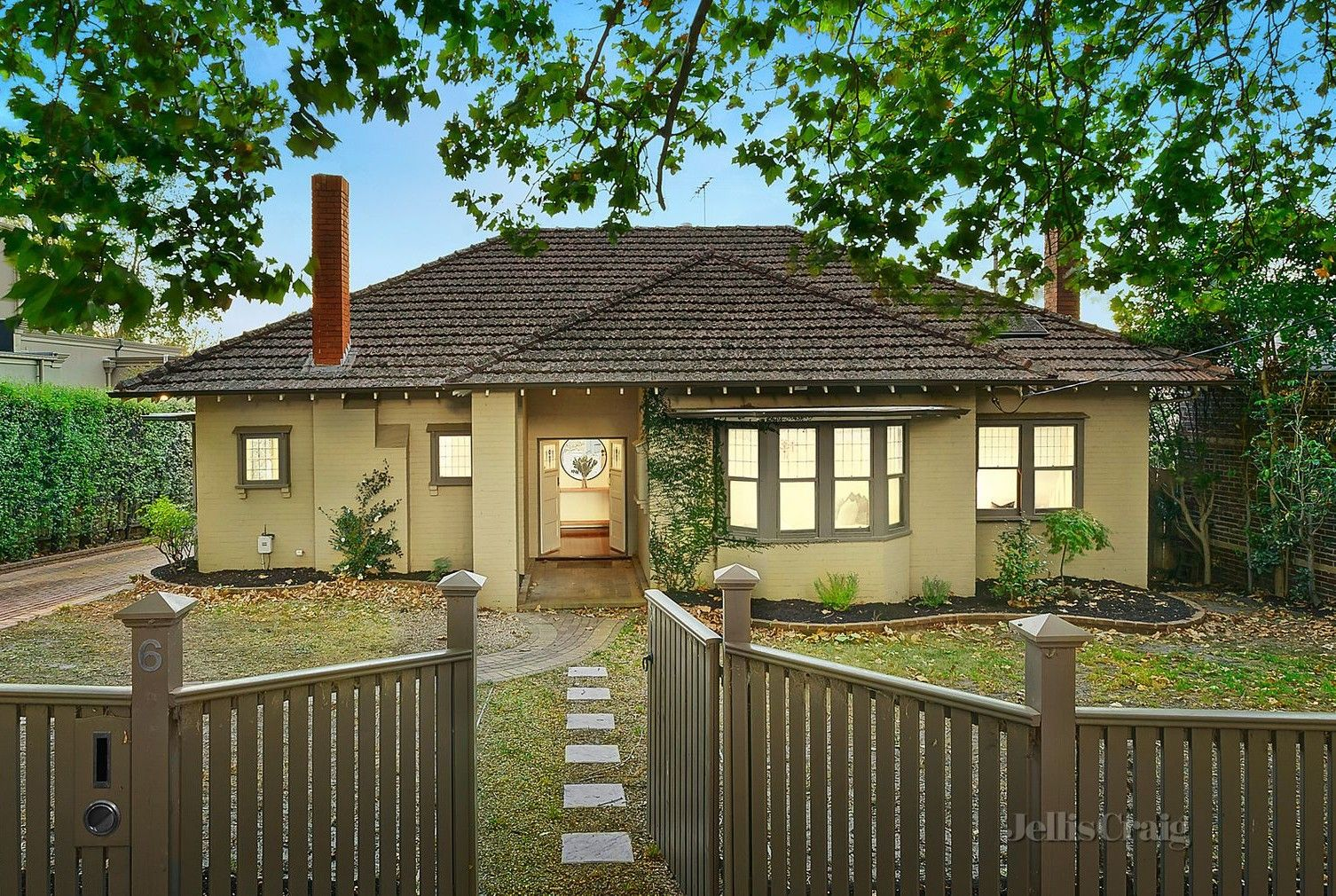 6 Victoria Avenue, Canterbury VIC 3126 - House For Rent - $780.00 ...